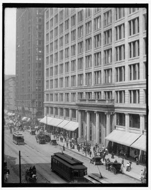 Marshall Fields During Calmer Times in 1919 (Tumbler)